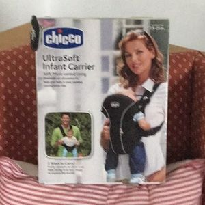New Chicco infant  carrier